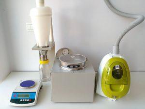空气喷射筛分法气流筛分仪中的样品收集器的用途?